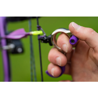 Thumb peg for backtension releases
